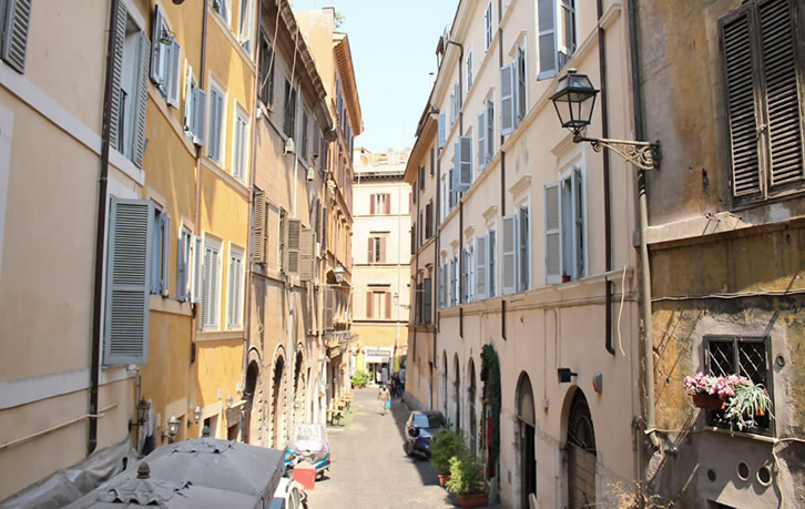 residence navonapt rome high quality cheap self catering apartments near piazza navona central rome - Rome Apartments